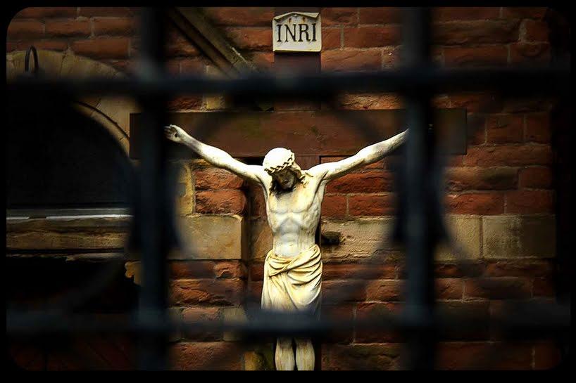Perché alcuni cattolici sono imbarazzati dalla croce?