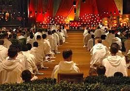 Fratelli di Taizé celebrano la Pasqua con gli ortodossi.