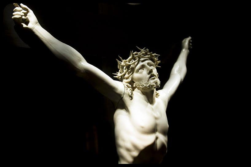"""Gesù """"spogliò se stesso""""…cosa ci fa pensare?"""