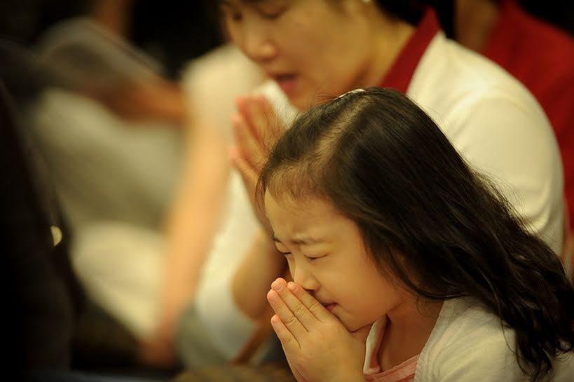 La bambina cinese che morì per riparare a una offesa all'Eucaristia.